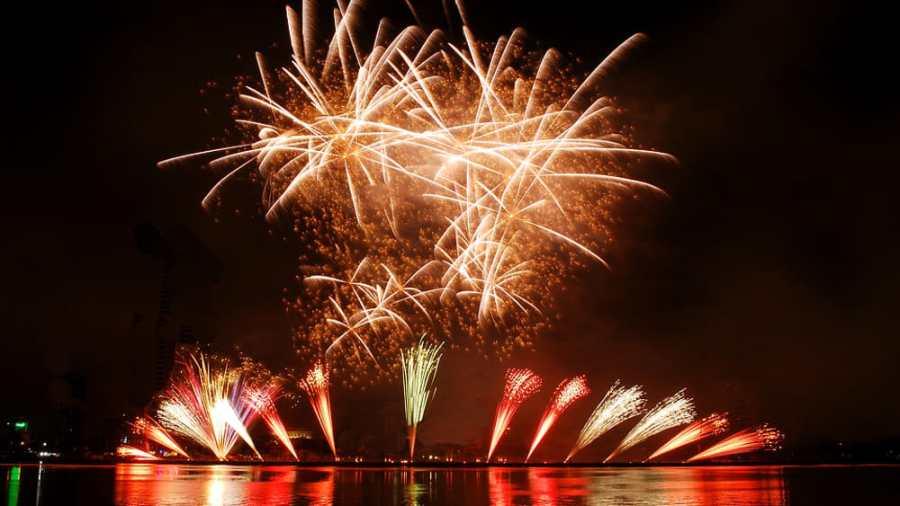 fuochi artificio mare-2.jpg