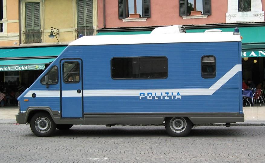 polizia_stazionemobile.jpg