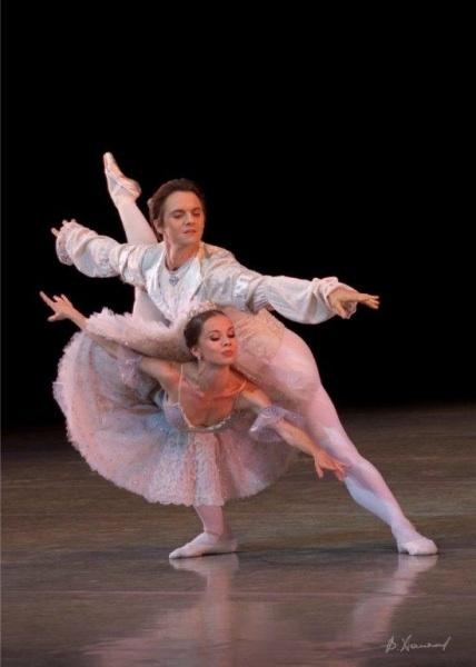 ballettodisanpietroburgo.jpg