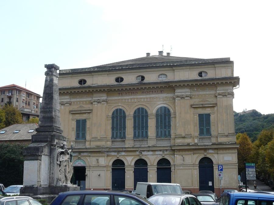 Camogli-teatro_sociale.jpg