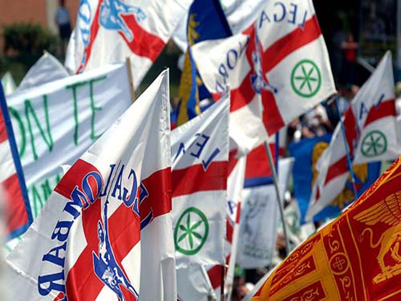 lega-nord-bandiere-mega8001.jpg