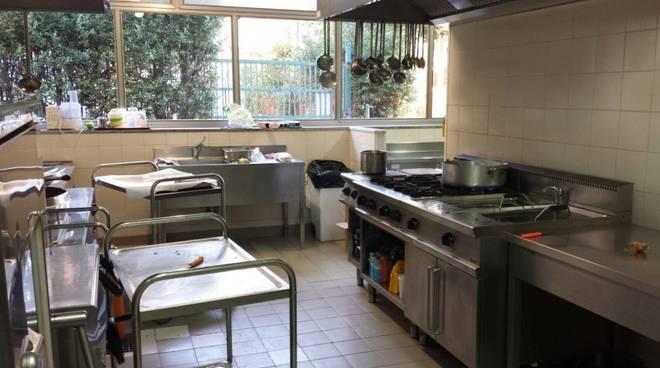 mensa-scolastica-borghetto-392921.660x368.jpg