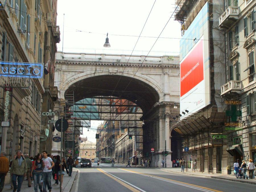 1430136769-genova-ponte-monumentale-dscf7027.jpg