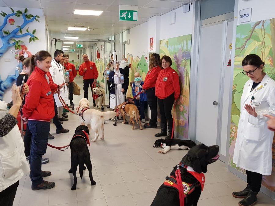 visita-cani-bambini-ospedale-91.jpg