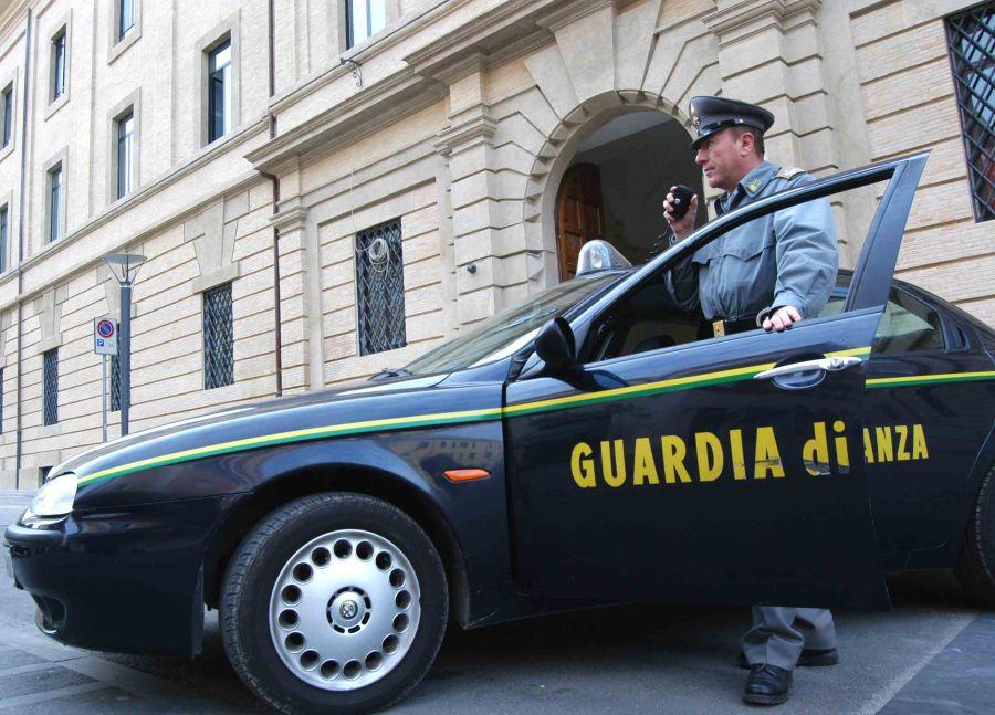 GUARDIA-DI-FINANZA_4.jpg