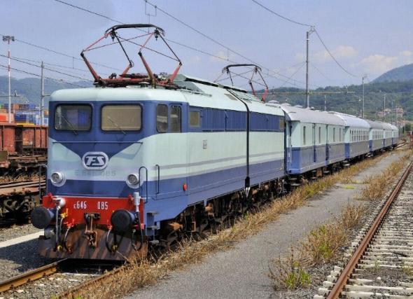 TrenoAzzurro_645x428.jpg