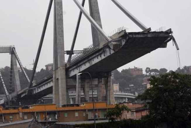 ponte-morandi-genova-crollato-14-08-18-FB-640440.jpg