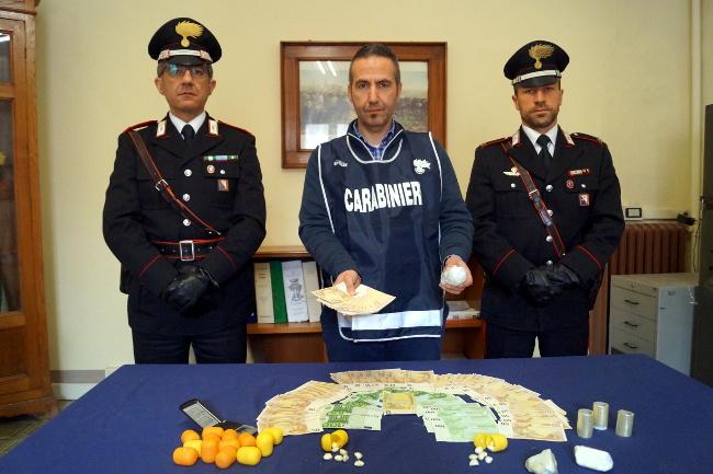 carabinieri-spacciatore-4aprile2017.jpg